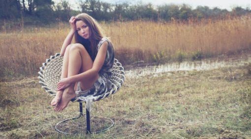 Studio Rik ten Velden - Femme chair - Beige | Black, single knotted wire